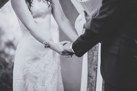 bride and groom arizona ceremony