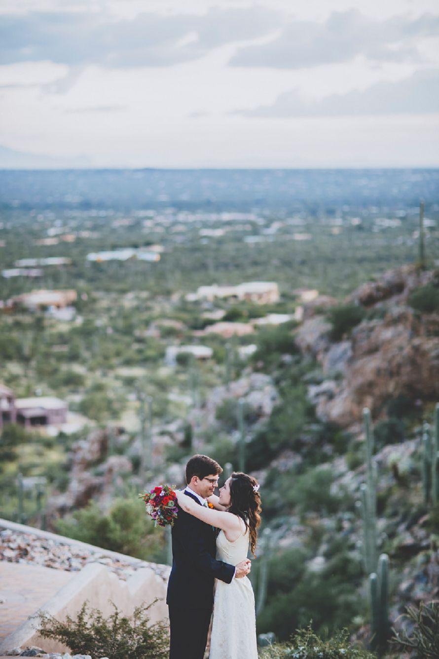 arizona bride and groom kiss